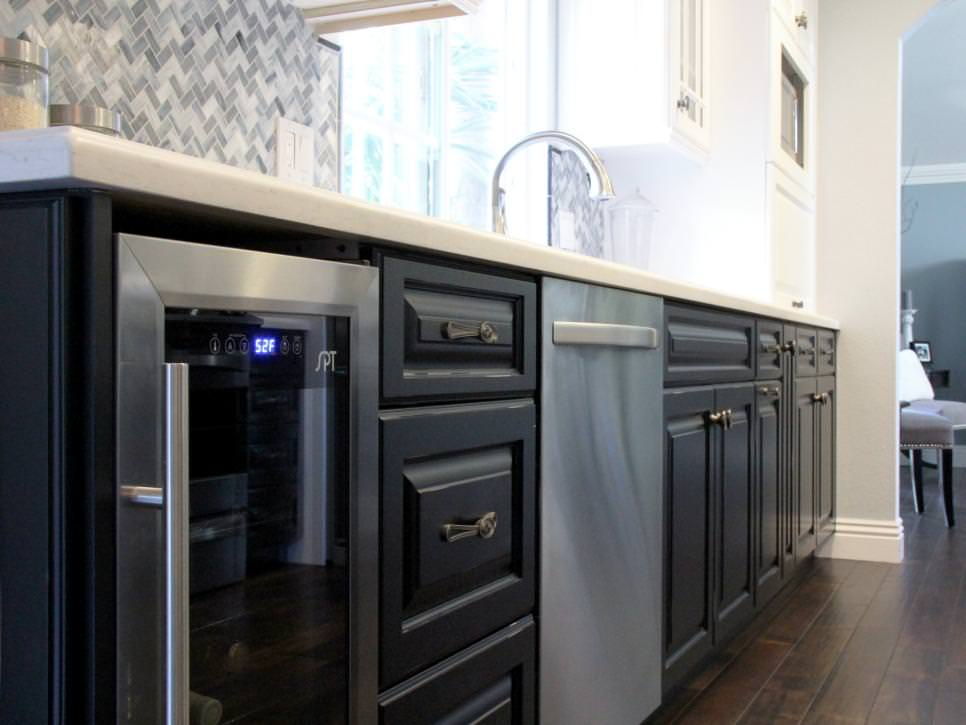 Amazing Transitional Kitchen Black Cabinets