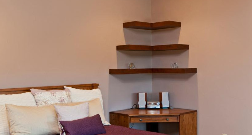 23 corner wall shelf designs furniture designs design. Black Bedroom Furniture Sets. Home Design Ideas