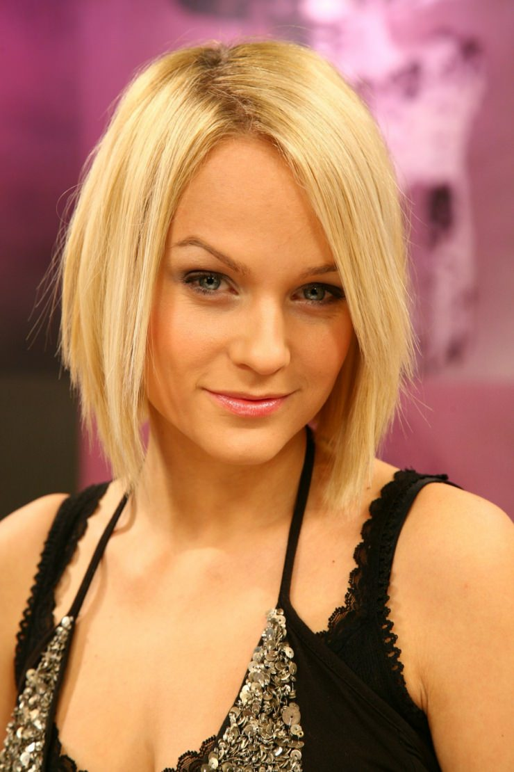 Beautiful blonde bob haircut