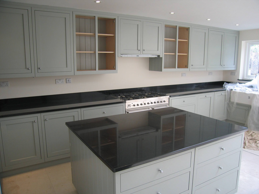 Grey Kitchen Cabinets Designs Decorating Ideas Design Trends - Soft gray kitchen cabinets