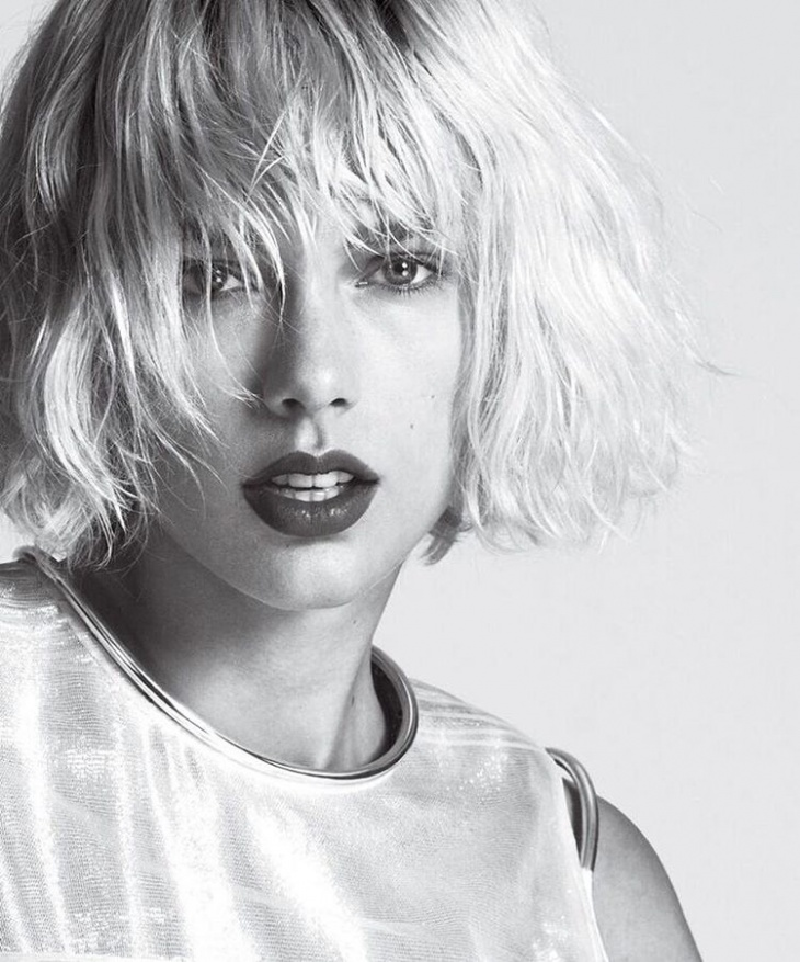 taylor swift short layered bob