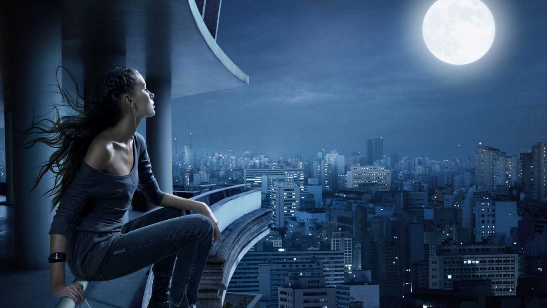 girl watching moon light