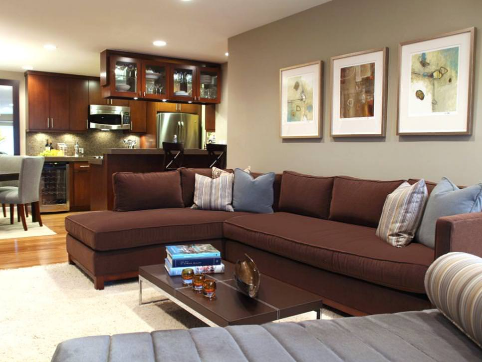 Contemporary Family Room With Brown Sectional