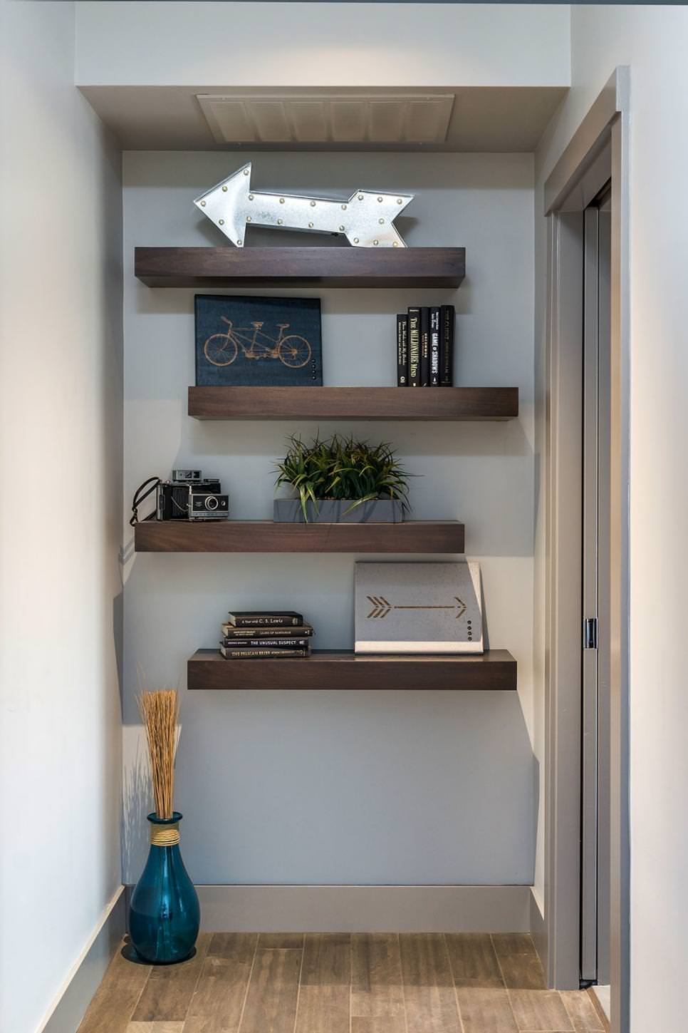 decorative diy shelves
