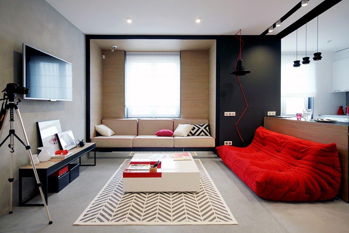 beautiful open sqaure living room