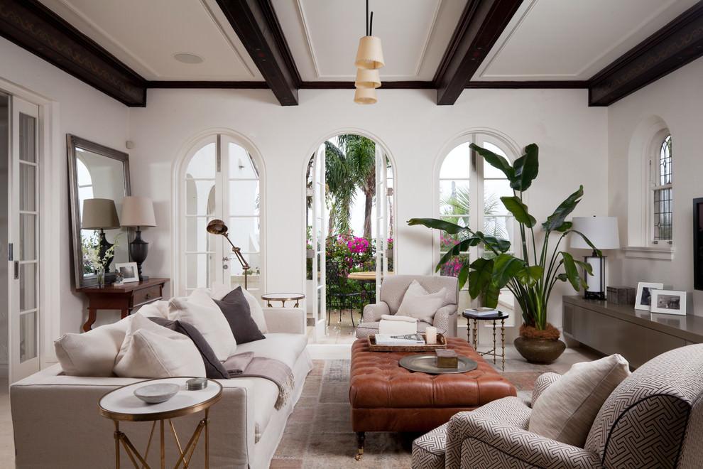 mediterranean square living room layout