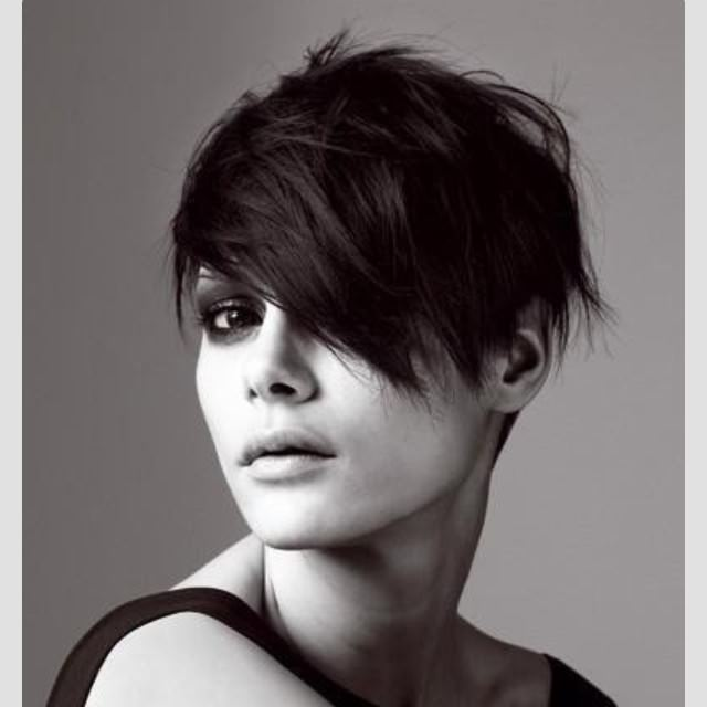 Simple Short Hair Style