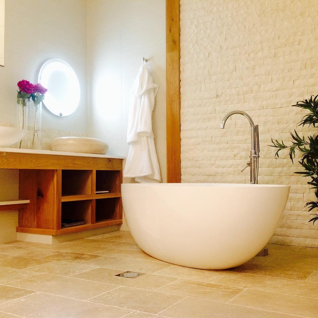 Bright Spa Bathroom Design