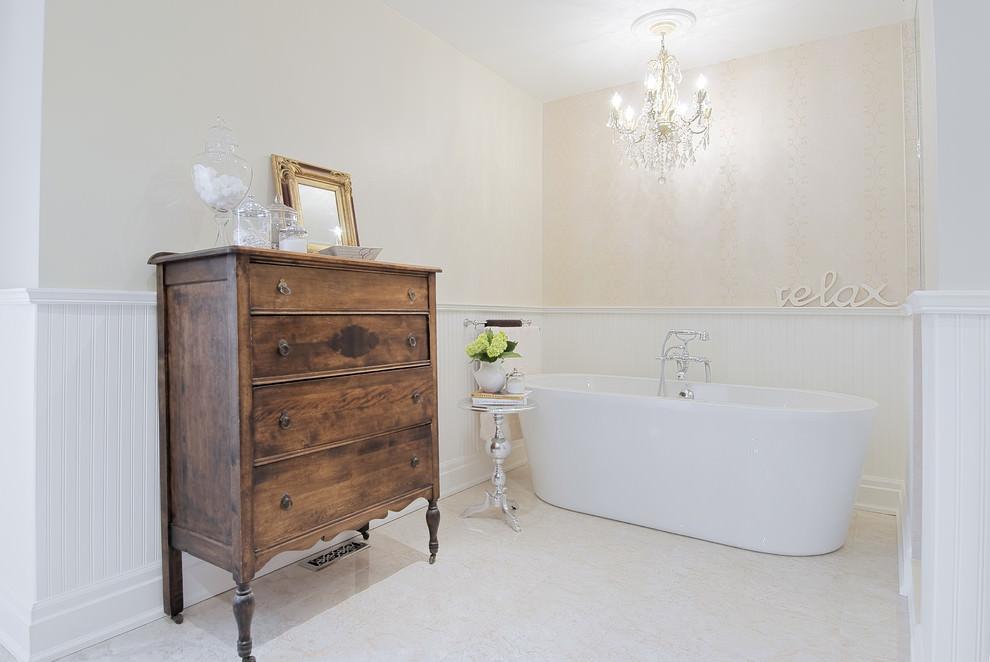 Traditional Spa Bathroom Desing
