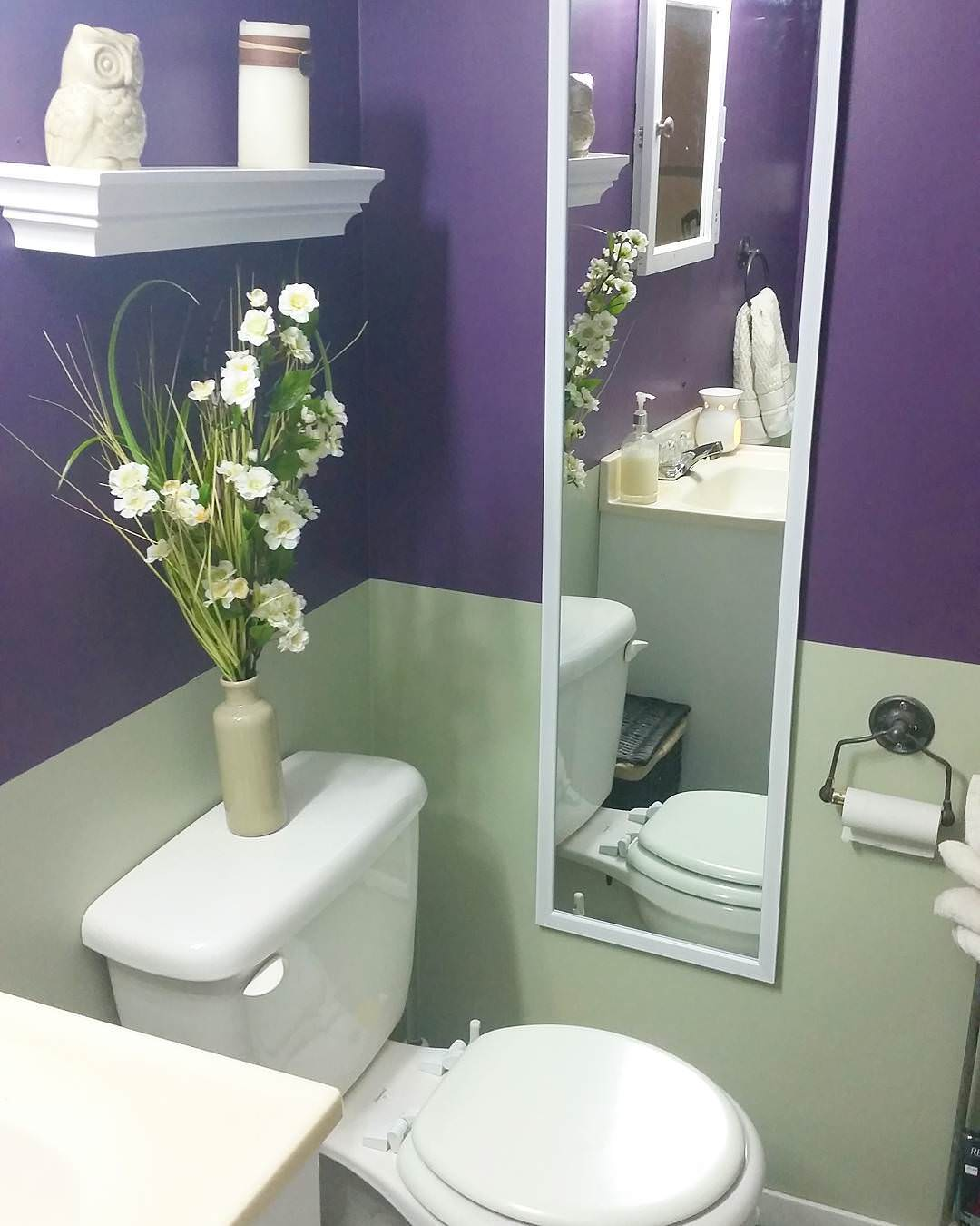 Pretty Purple Bathroom Design