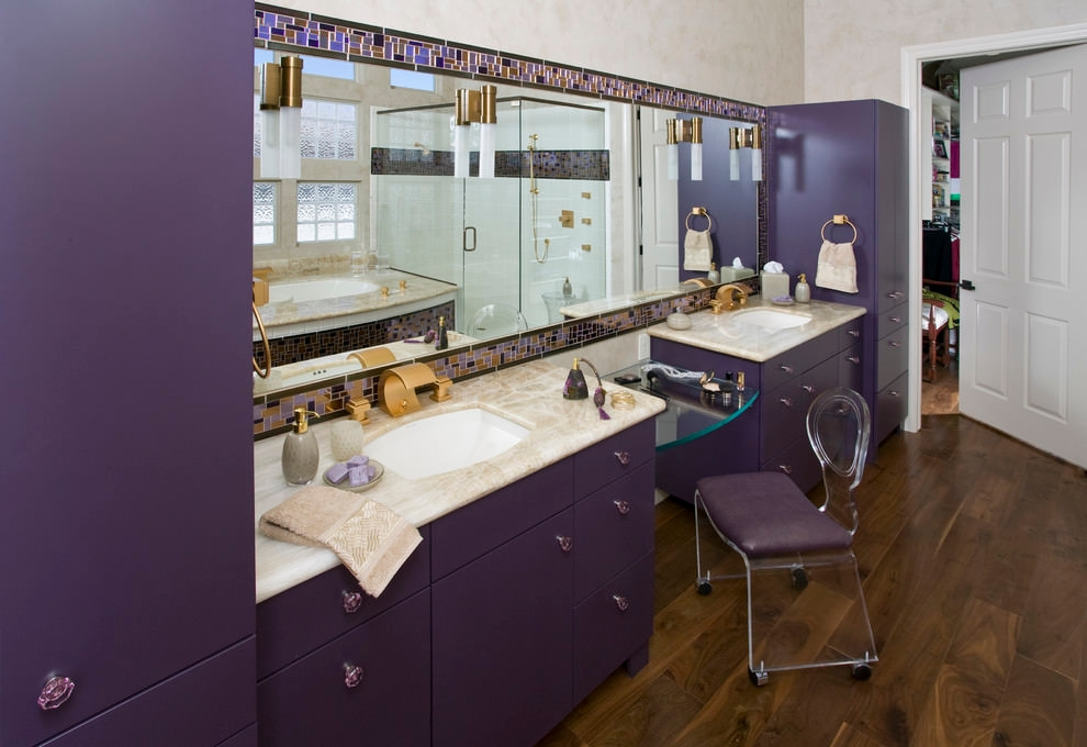 Fablous Purple Bathroom