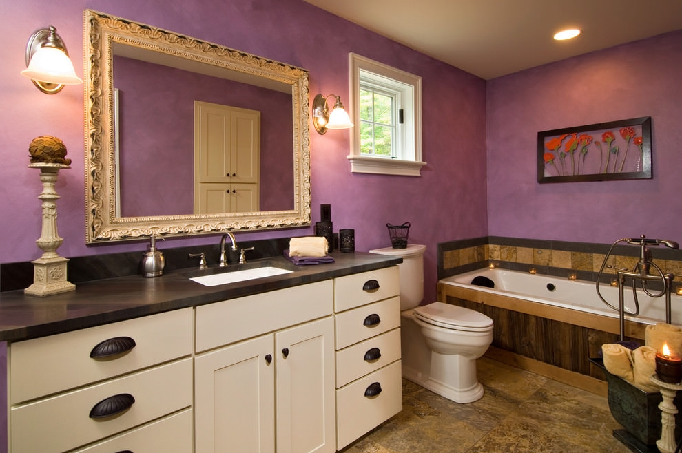 Vinatge Style Purple Bathroom Design