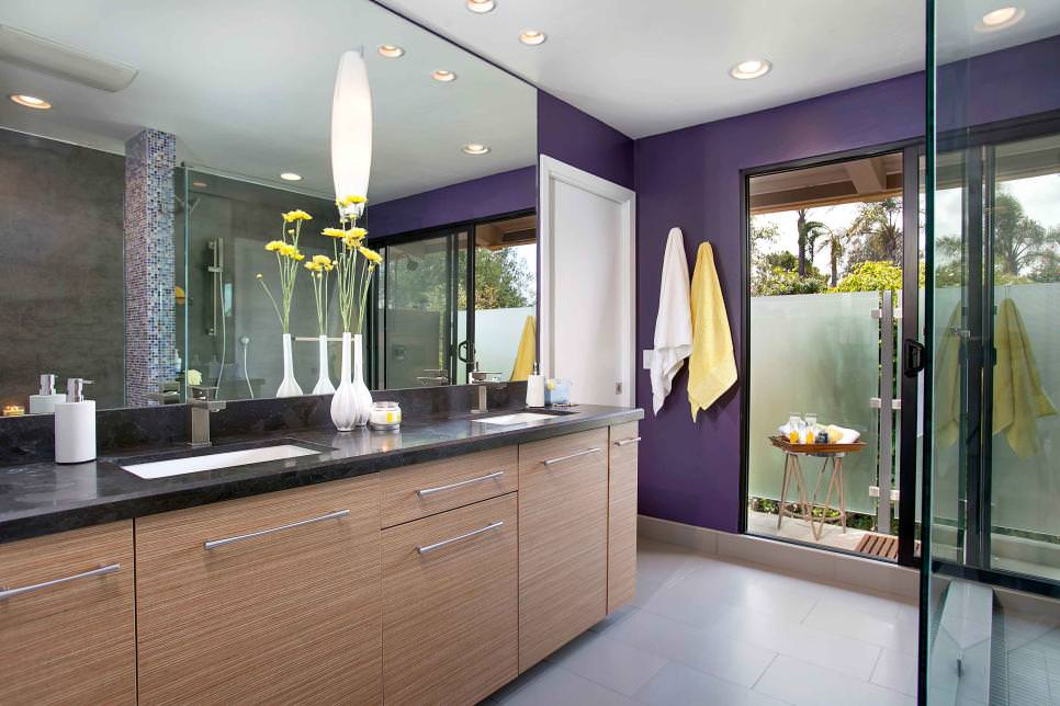 glam purple bathroom design