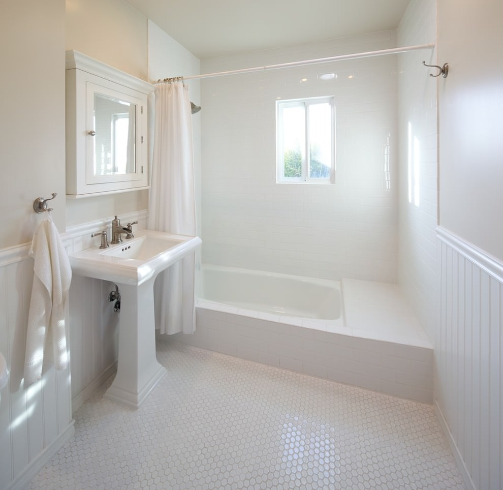 25+ White Bathroom Designs | Bathroom Designs | Design Trends ...