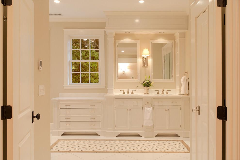 Luxious White Bathroom Design