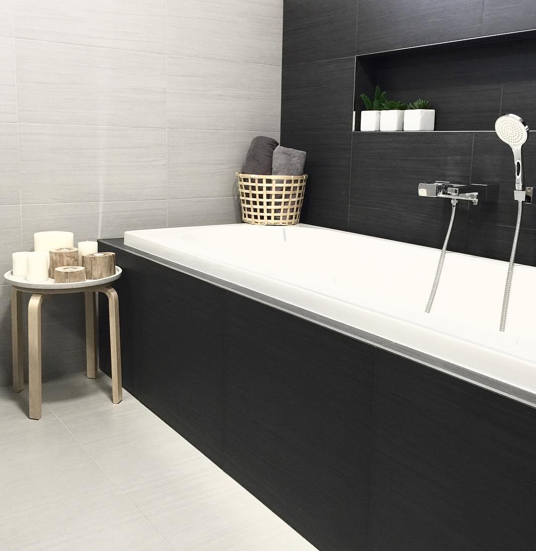 Simple Ash Grey Bathroom
