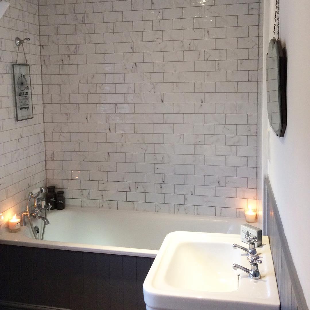 Classy Grey Bathroom Design