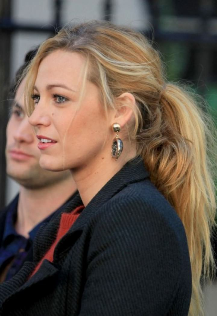 Casual Ponytail hairstyle from Blake Lively