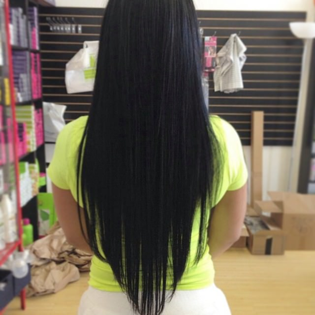 Gentle V-shaped Long hairstyle