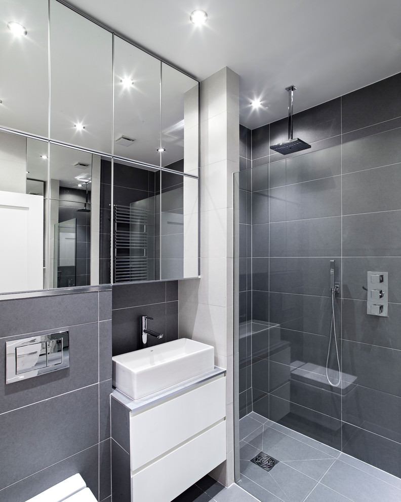 Glasy Grey Bathroom Design