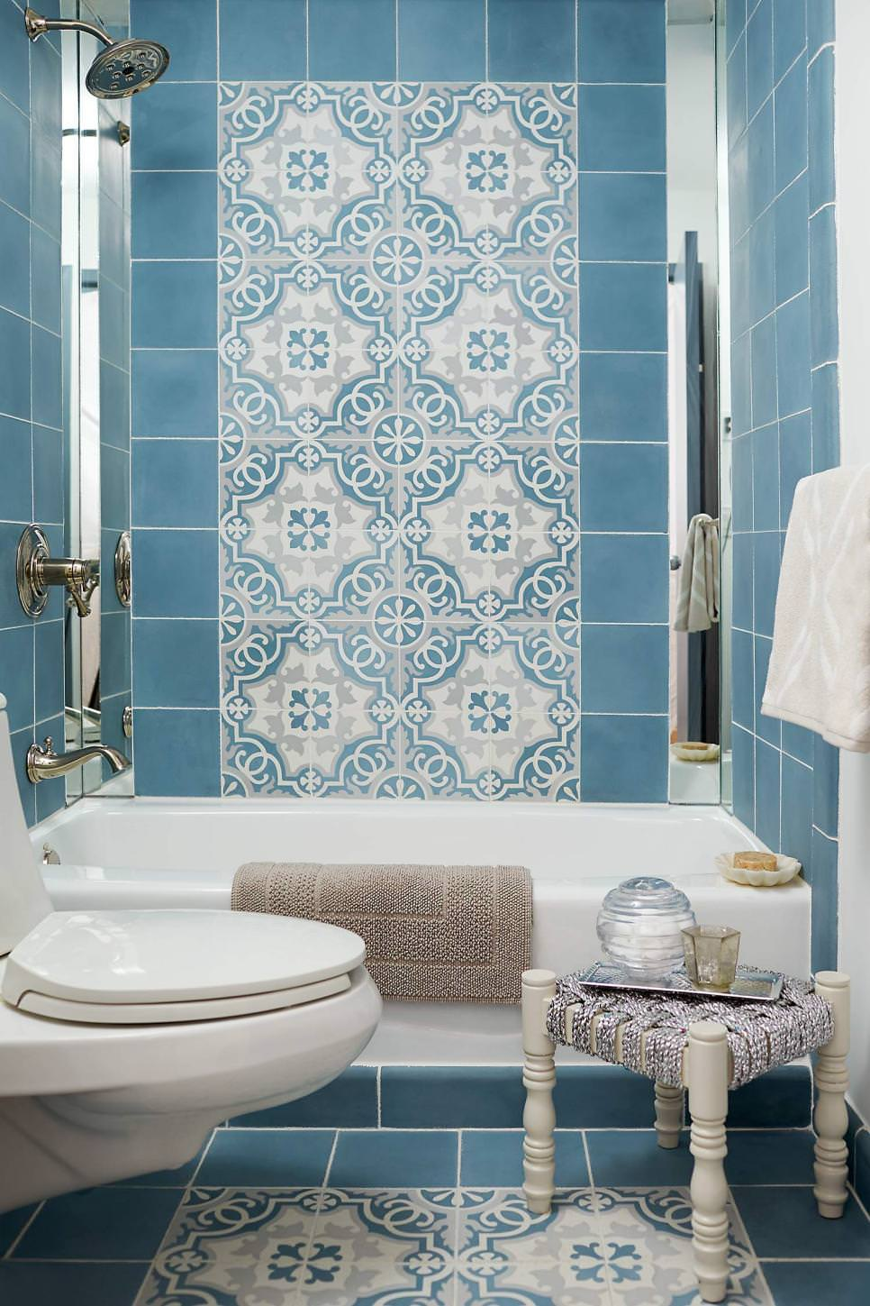 Tiffany blue bathroom designs - Floral Blue Bathroom Design