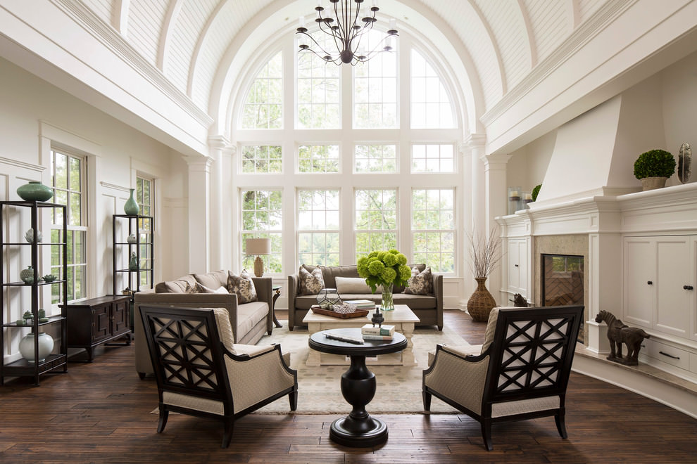 White Small formal traditional living room