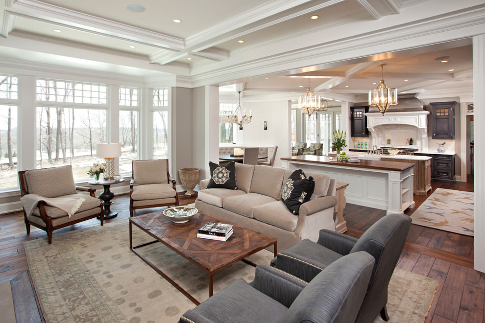 Beautiful formal Traditional living room