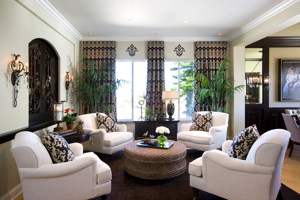 beautiful traditional pottery family room