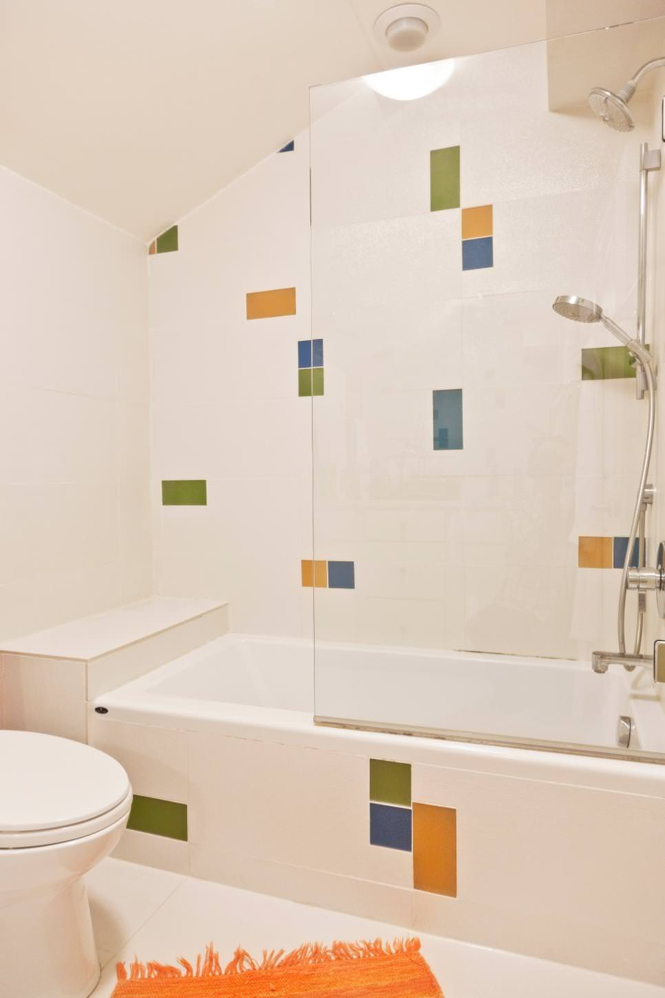 multicolored accents bathtub tiles design