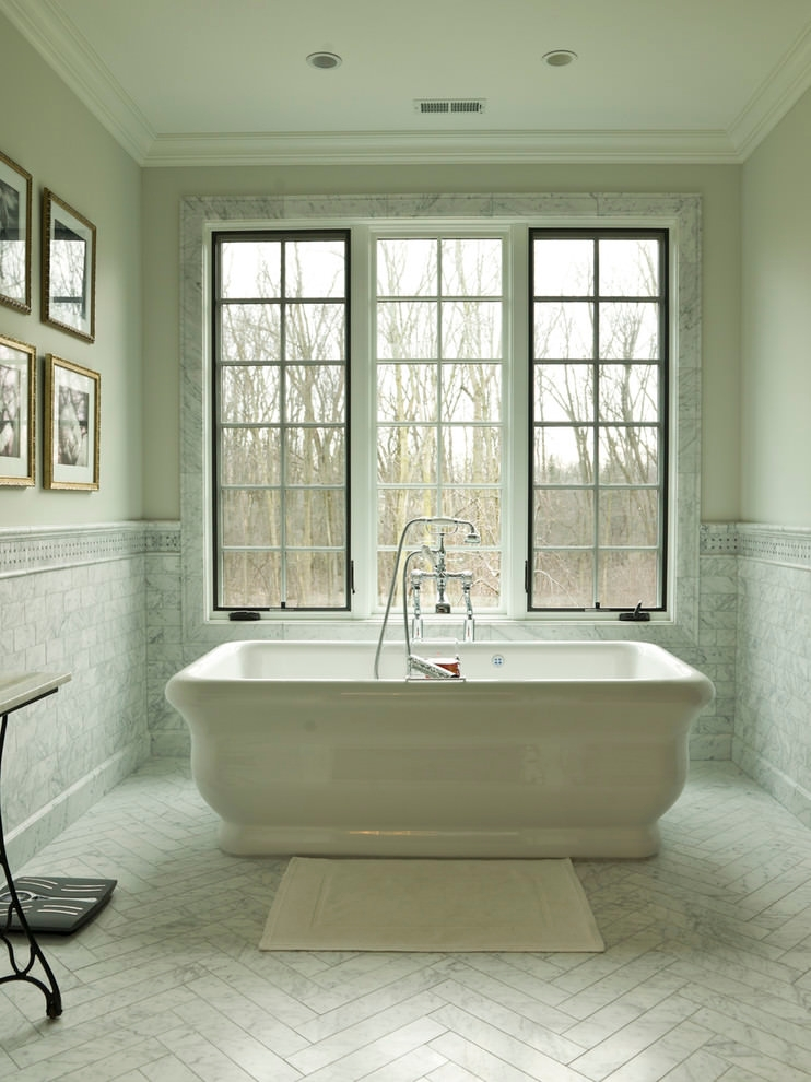 beautiful white bathtub tiles design