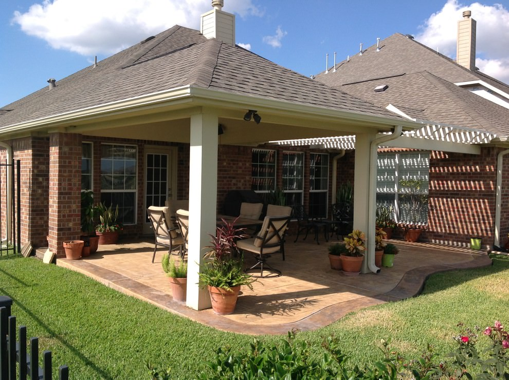 Traditional Patio Cover Design