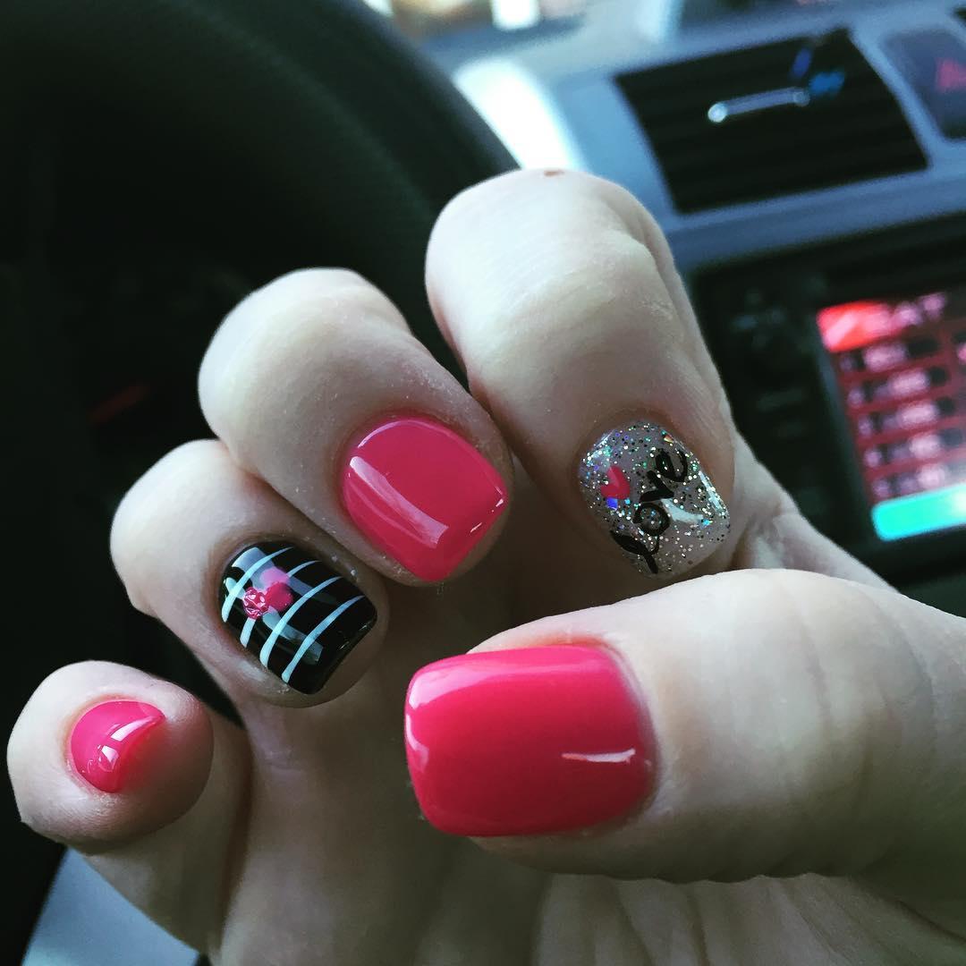 Lovable Nail Design.