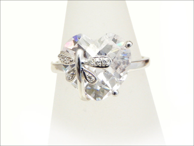 Dragonfly Ring White Gold Dress Ring