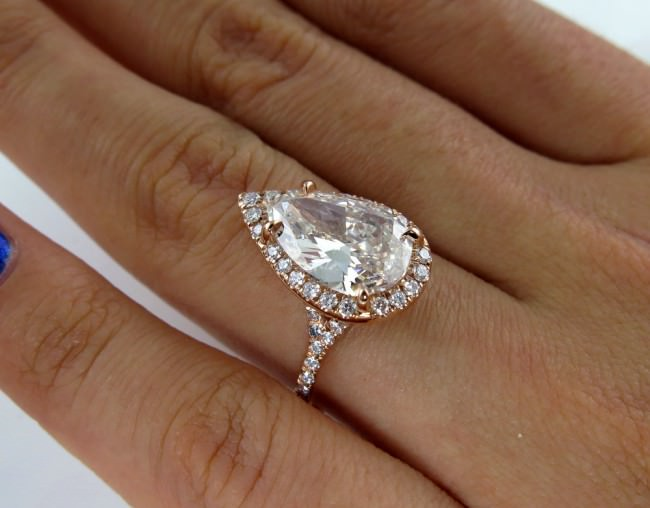 Estate vintage Pear shaped diamond engagement ring
