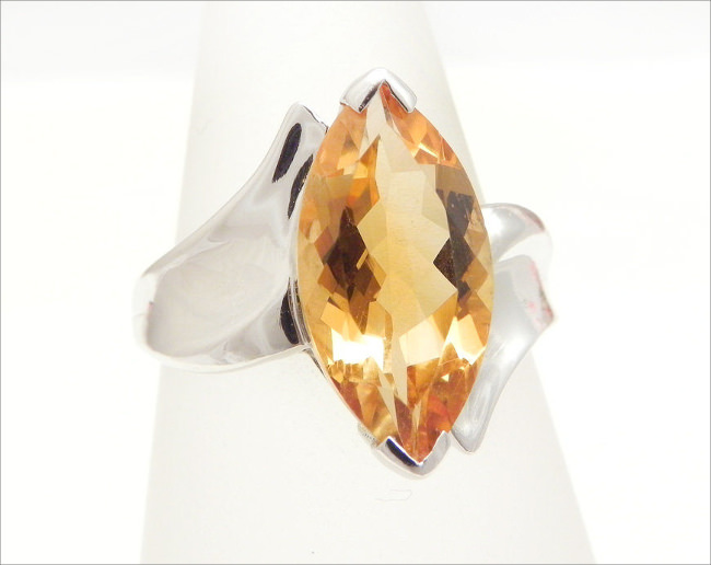 Fine Marquise cut diamond ring