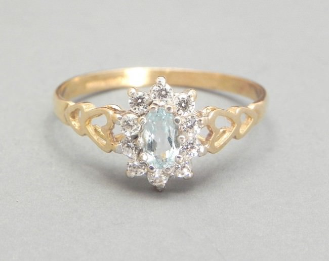 Vintage Aquamarine Ring In 9K Gold
