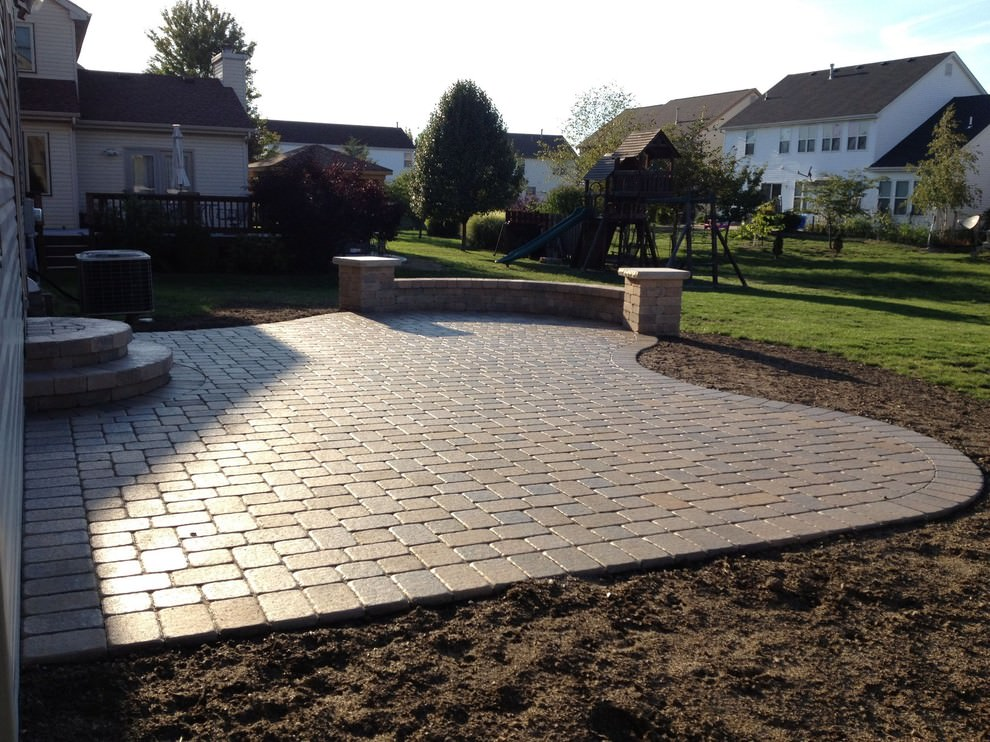 24 paver patio designs garden designs design trends for Patio layouts and designs