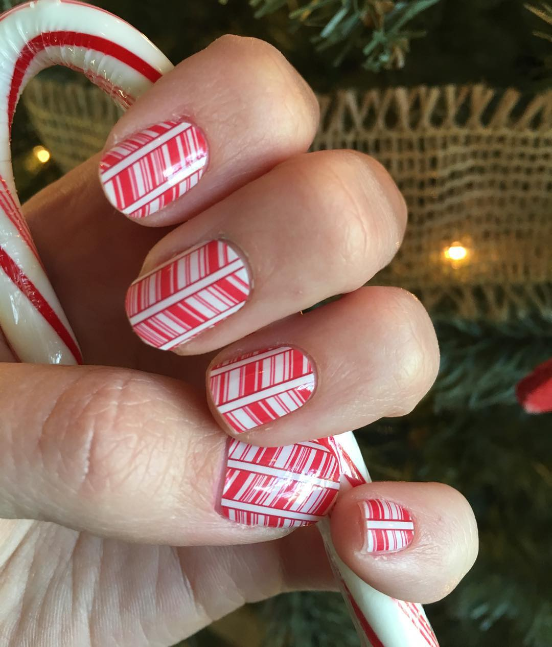 Lines Candy Nail Art