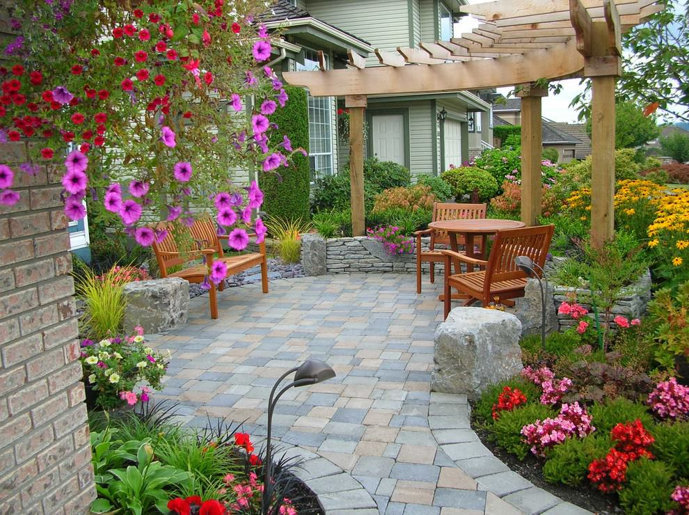 24 paver patio designs garden designs design trends for Garden patio designs