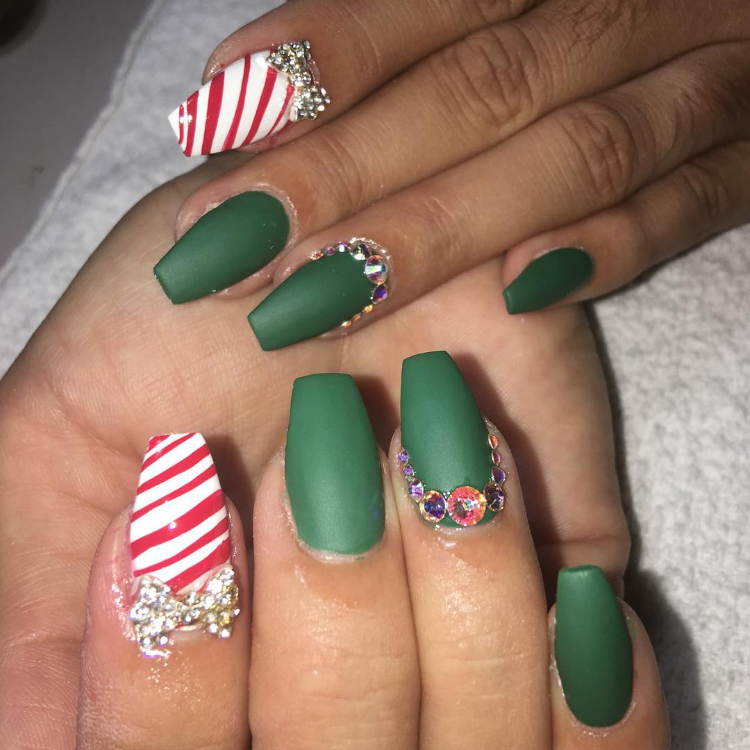 Nail Art Design Green And Red Hession Hairdressing