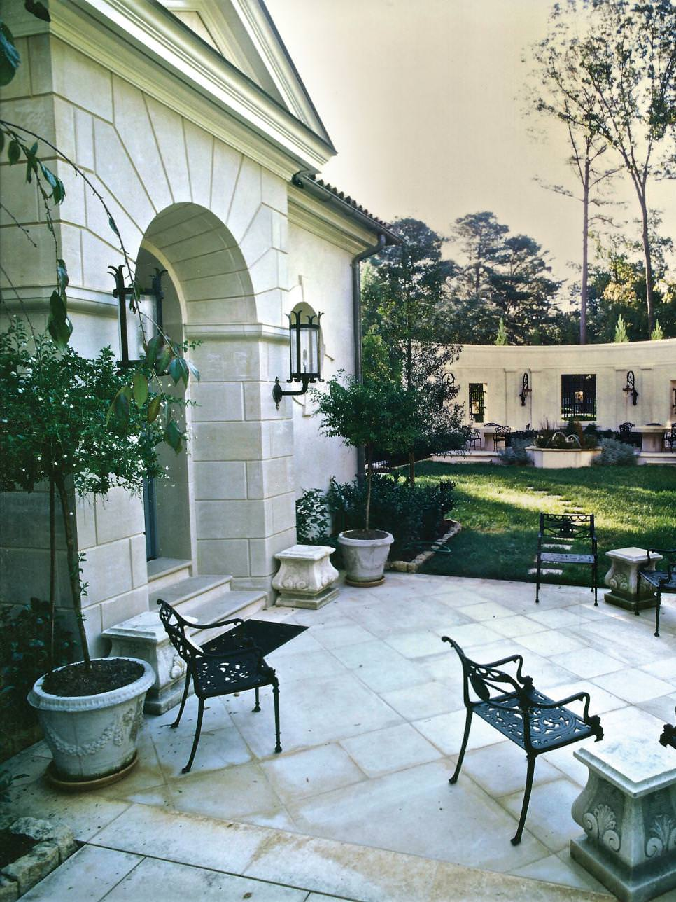 courtyard paver patio design