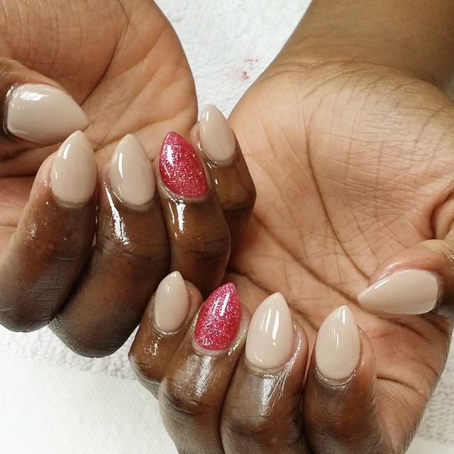 white pink short stiletto nails