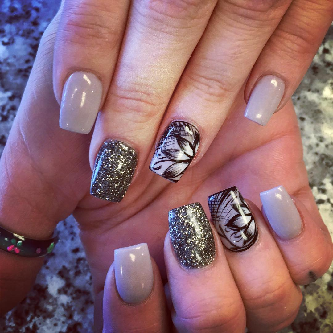 Nail Designs And Nail Art Latest Trends: 29+ Flower Nail Art Designs