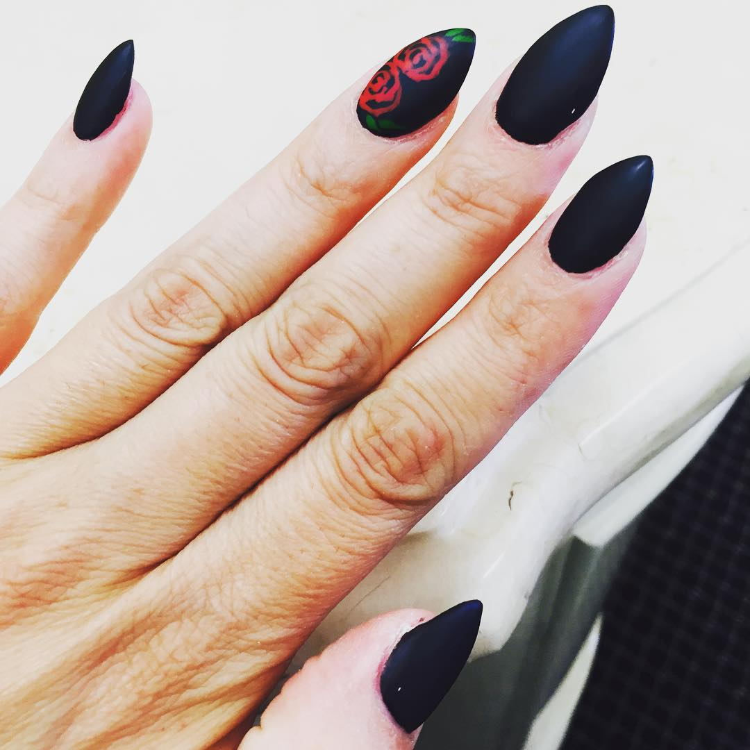 beautiful dark short stiletto nails