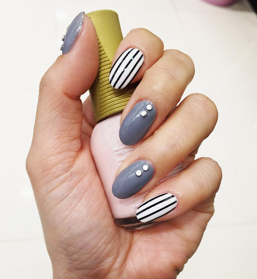 stripe on nail #10