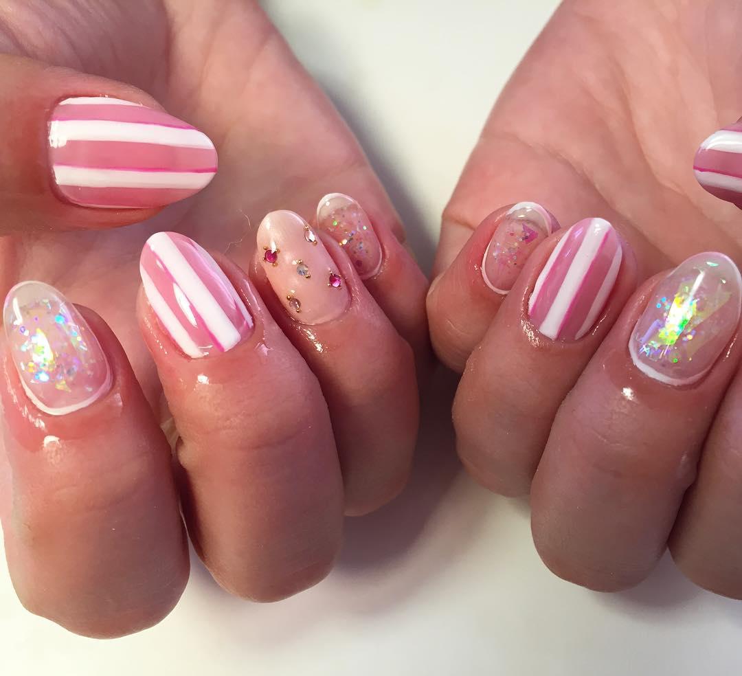 Stone & Pink Stripe Nail Design