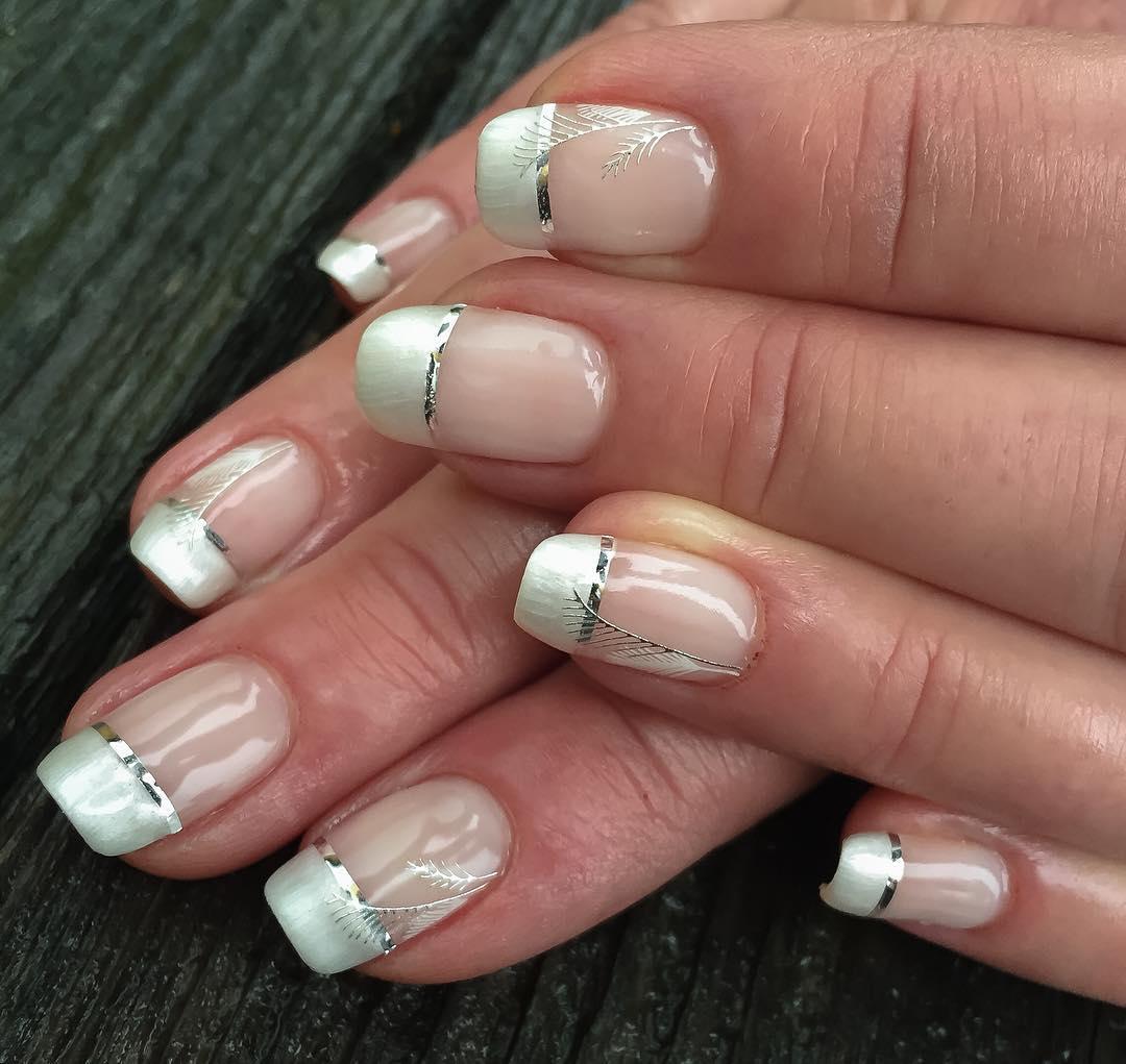 Glitter Line Stripe Nail Design