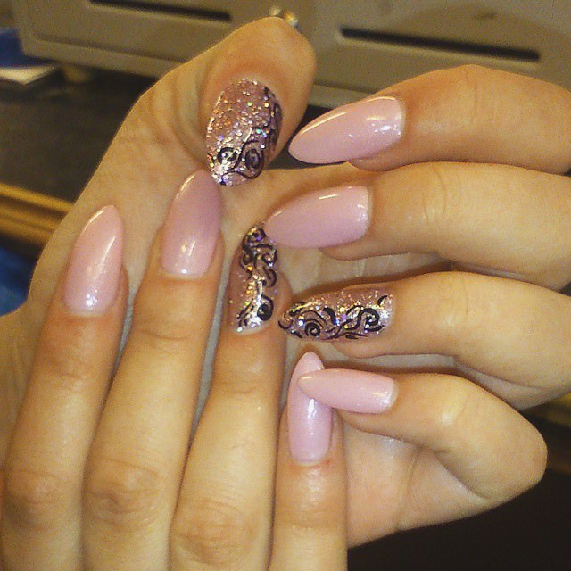 Light Pink Oval Nail Design