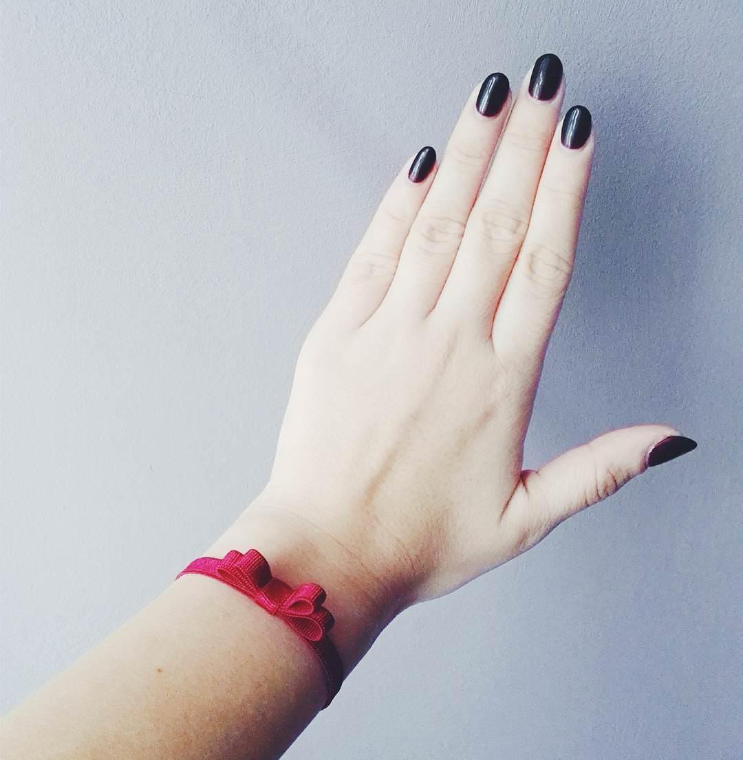 dark black oval nail design