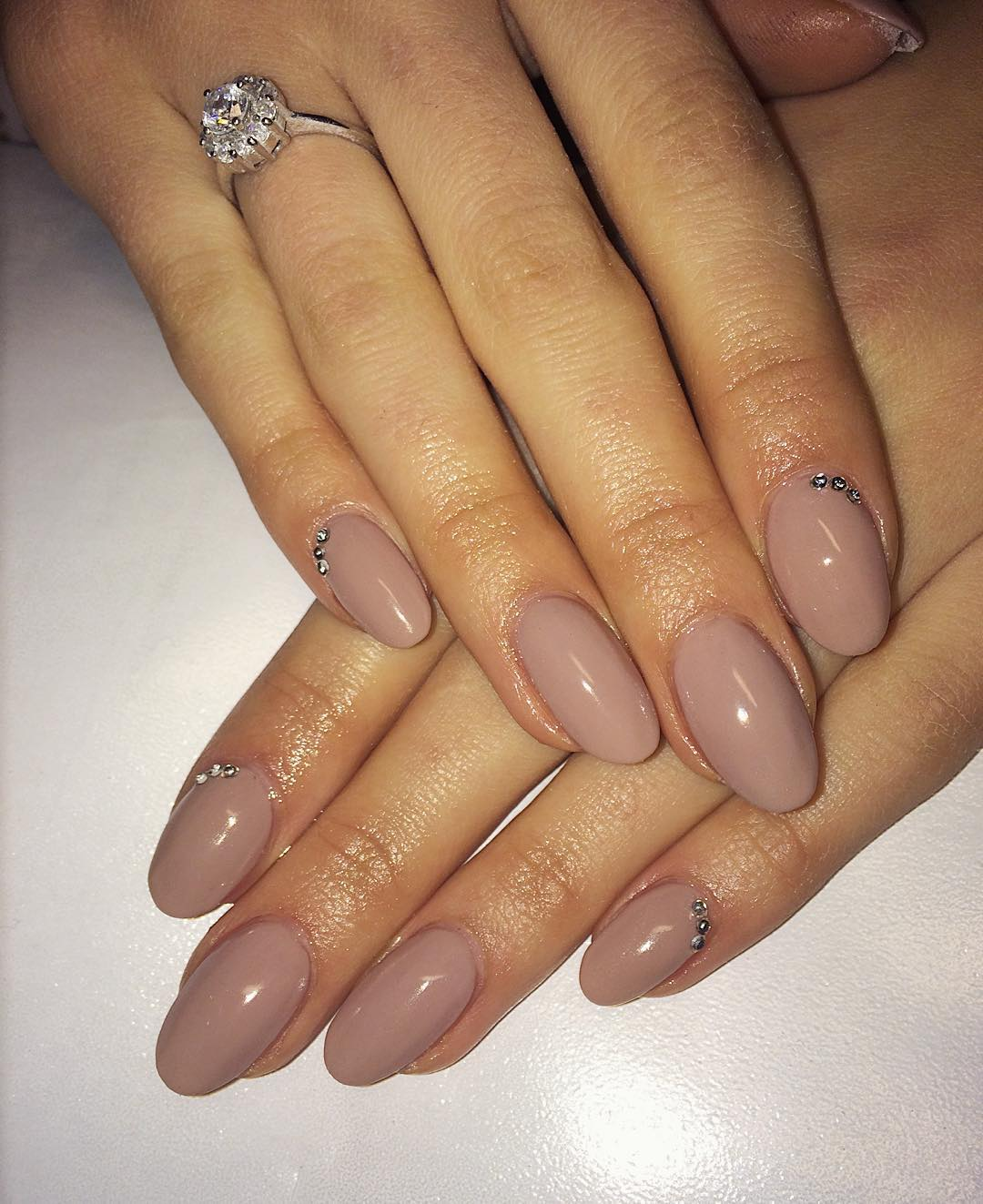 Nice Oval Nail Design